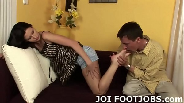 Face, In front of, In front, Joi feet