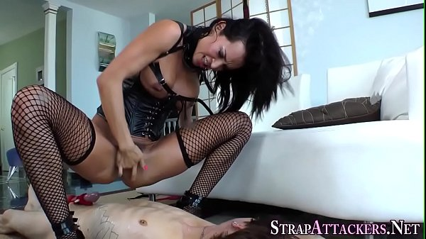 Squirt, Mistress strapon, Strapon mistress