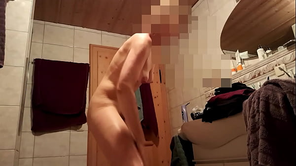 Hidden camera, Hidden shower, Hidden bathroom, Bathrooms, Shower hidden, Milf shower