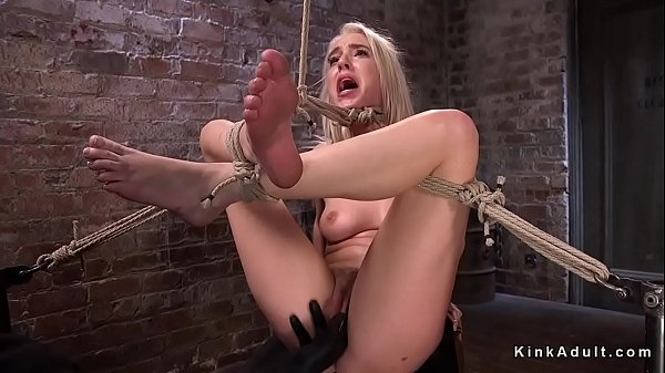 Hogtied, Hogtie, Blonde feet