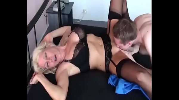 Hot mom, Mom fuck son, Young son, Young mom