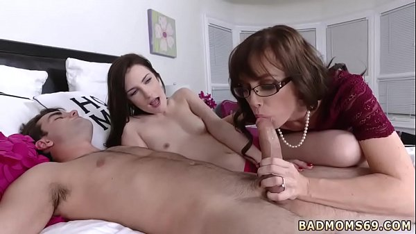 Small, Milf mom, Mom xxx, Mom big tits, Big tits mom, Big tit mom