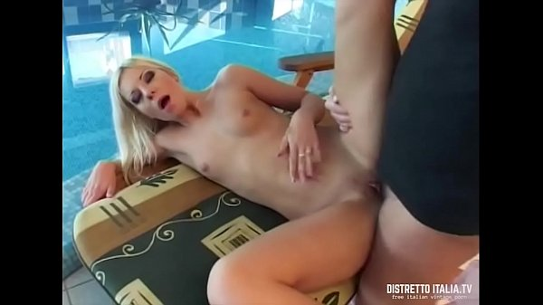 Pool, Squirt fuck, Pool fuck, Girl fuck girl, Fuck squirt, Squirt in mouth