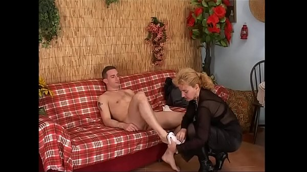 Anal mature, Mature anal, Young anal