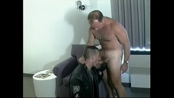 Handsome, Leather, Sucking cock, Hard suck, Come in