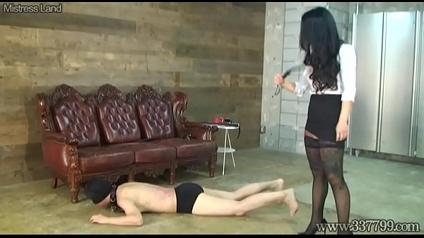 Femdom, Whipping, Japanese femdom, Trample, Trampling, Whipped