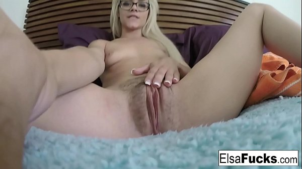 Jeans, Elsa, Hairy fingering, Finger pussy, Hairy pussies
