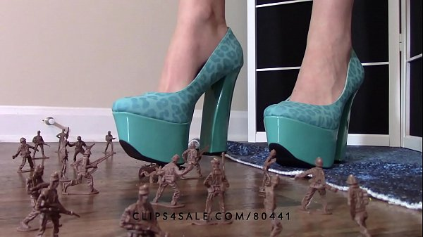 High heels, Crush, Giantess, Heels fetish